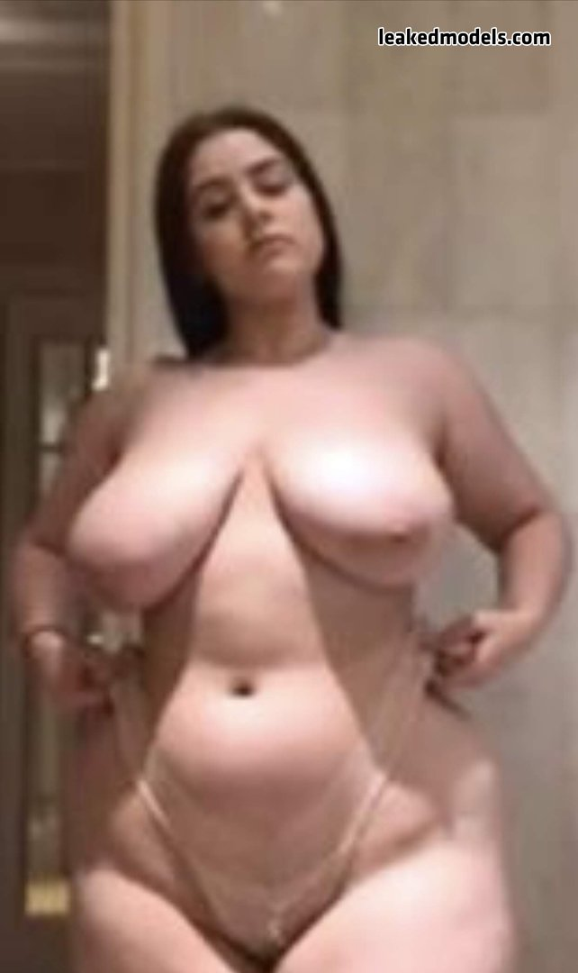 Chelsea Reynolds Leaks (13 Photos and 8 Videos)