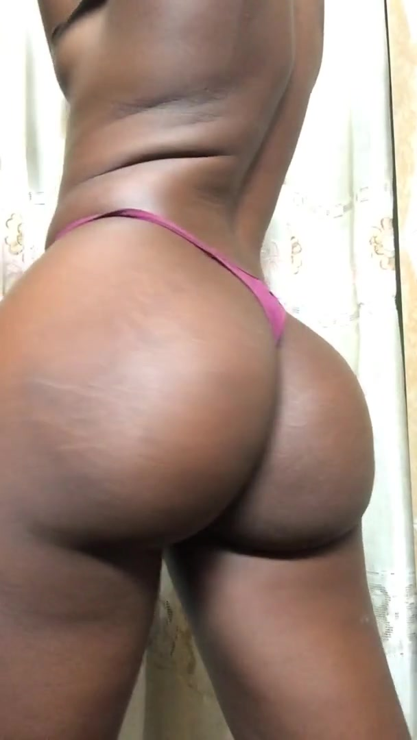 TrueMahogany – NEW GIRL ON THE BLOCK OnlyFans Leaks (8 Photos and 8 Videos)